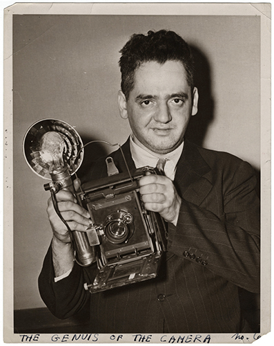 01_weegee_genius of camera