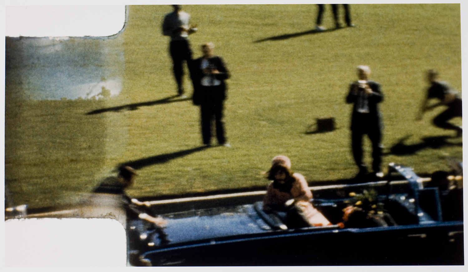 assassination of kennedy On september 24, 1964, a copy of the official warren commission report was  delivered to president lyndon johnson in the oval office its conclusions were, in .