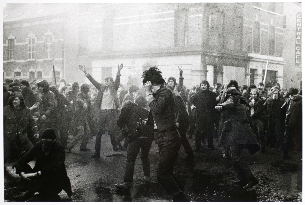 Bloody Sunday through Gilles Peress's Eyes | Fans in a Flashbulb