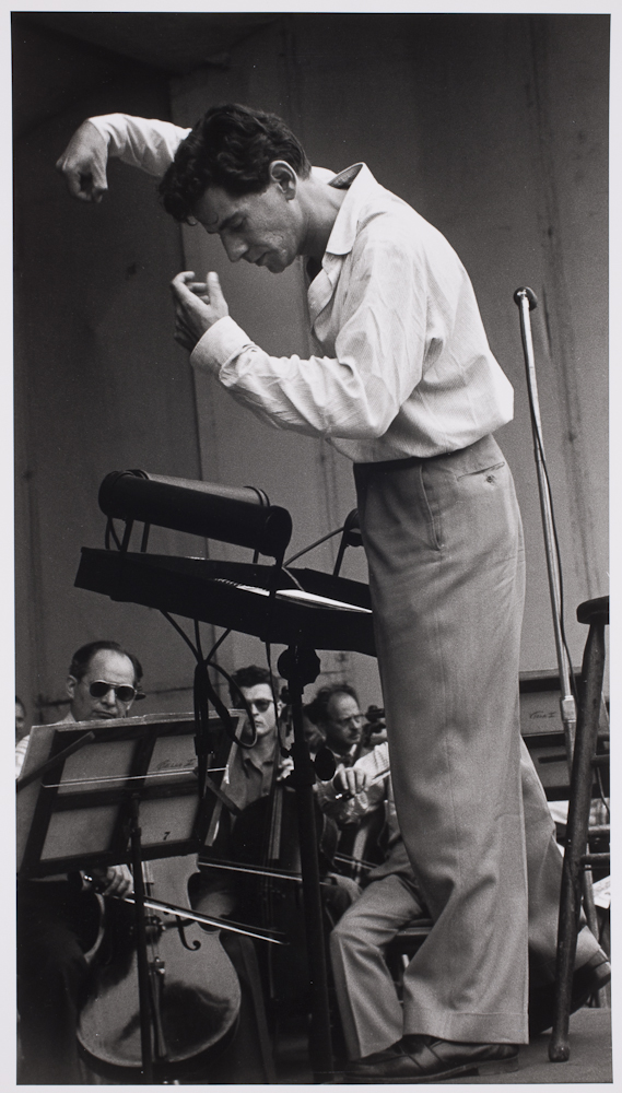 leonard bernstein conducting - photo #28