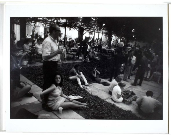 winogrand_garry_520_1983