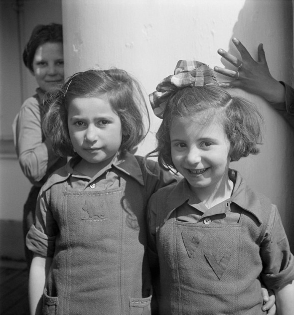 [Jewish refugees from Germany leaving France for Palestine on board the S.S. Providence, Marseille Harbor], April 1947