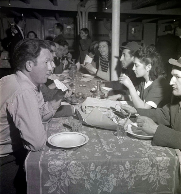 [Jewish refugees and Holocaust survivors celebrate Passover on board the S.S. Providence bound for Palestine], April 1947